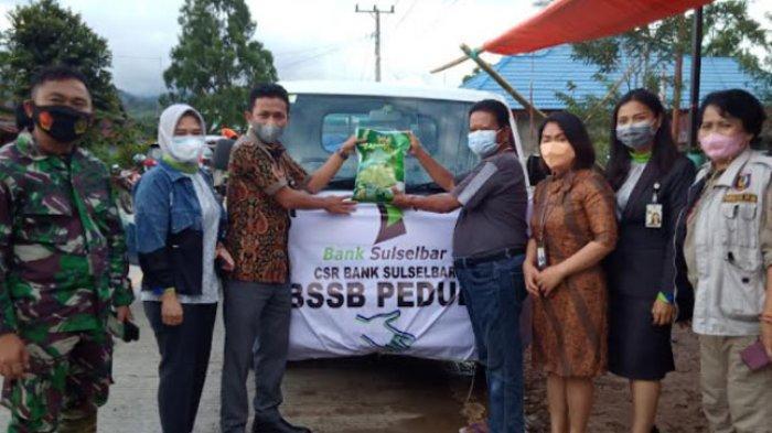 Bank Sulselbar Salurkan Bantuan untuk Korban Bencana di Desa Burana, Mamasa