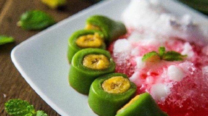 RESEP dan Cara Membuat Es Pisang Ijo Lengkap Bahan Saus Santan