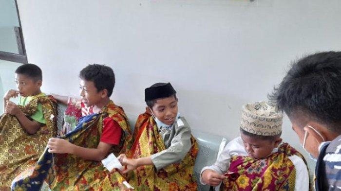 Khitanan Massal Lanal Mamuju, Empat Anak Panti Asuhan Syahid Al-Hidayah Ikut di Sunnat