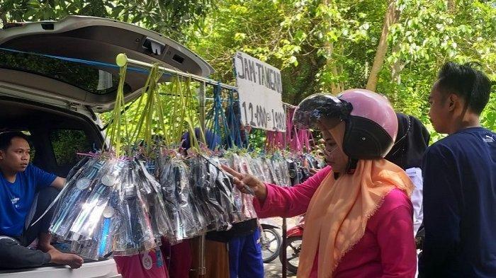 Cerita Hendra Pedagang di Pasar Palu Sulteng, Hijrah ke Mamuju Demi Pembeli
