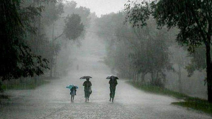 WASPADA! Potensi Hujan Lebat dan Angin Kencang di Wilayah Sulbar Siang Hingga Malam Ini