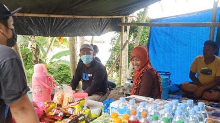 Cerita Ibu Patimah, Raup Untung Akibat Longsor Lombo'na Desa Tubo Tengah Majene