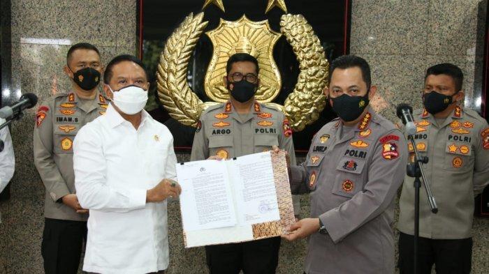 Kapolri Jenderal Listyo Sigit Raharjo saat memberi rekomendasi pelaksanaan Liga 1