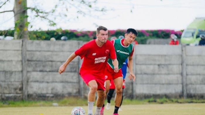 Kapten PSM Makassar, Willem Jan Pluim