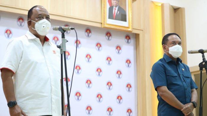 Ketua KONI Pusat Marciano Norman dan Menteri Pemuda dan Olahraga Zainuddin Amali