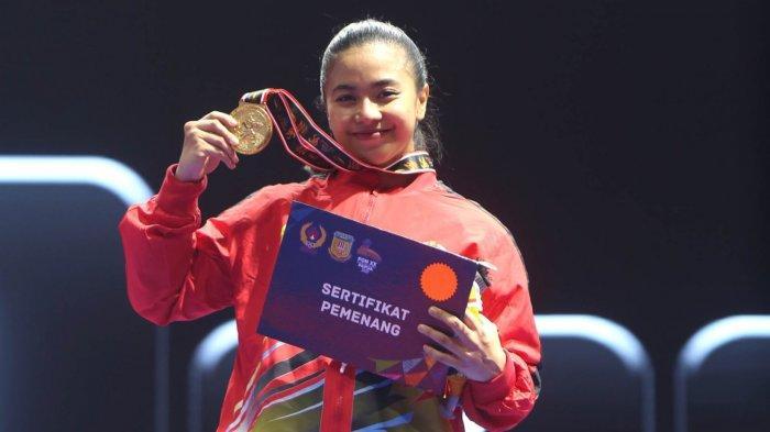 Krisda Putri Aprilia, Si Penakluk Juara Bertahan PON Papua, Sabet Emas Cabor Karateka
