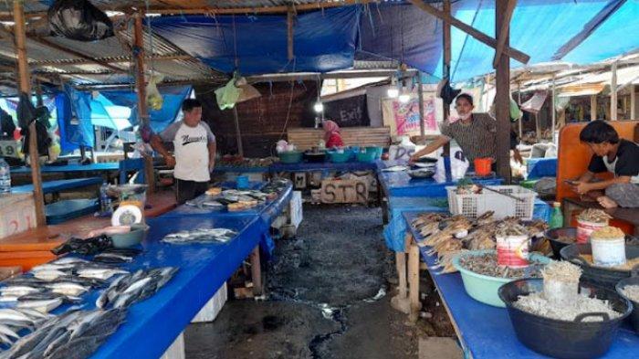 Harga Ikan Anjlok di Pasar Baru Mamuju, Pedagang: Dijual Murah Tidak Ada Juga Pembeli