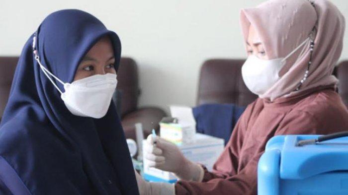 Cakupan Vaksinasi Dosis Pertama Capai 100 Juta Orang, Laju Suntikan Terus Alami Peningkatan