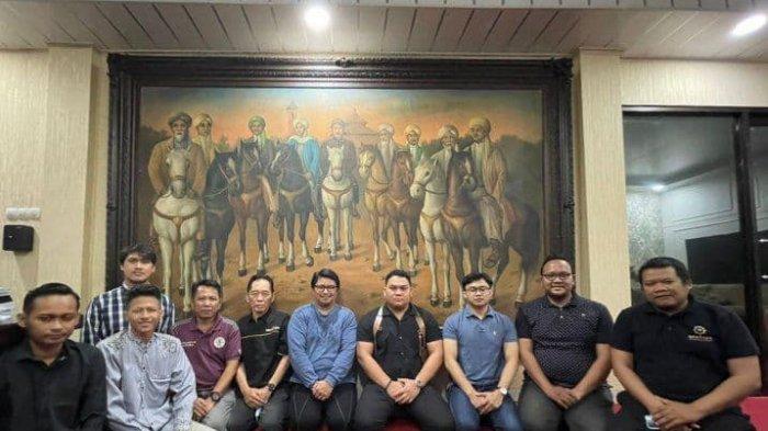 Lukisan 9 Wali Songo yang Dibuat Tahun 1871 Diluncurkan di Ranah NFT