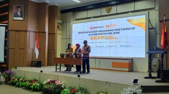 Ratna Harap SKPP Bawaslu Sulbar Dorong Partisipasi Milenial Awasi Politik Uang