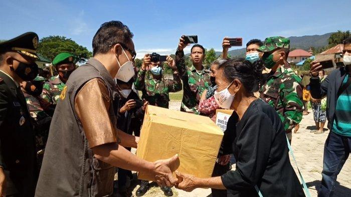 Peringati HUT ke-76 TNI, Kodim Mamasa Berbagi 555 Paket Sembako