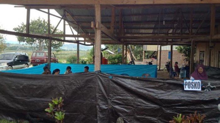 Warga Dirikan Posko untuk Korban Kebakaran di Desa Sasakan Mamasa