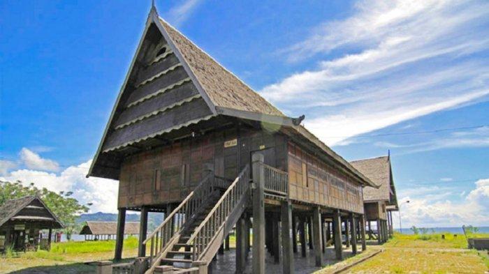 Rumah Adat Boyang Asli Dari Sulawesi Barat, Rumah Dengan Beragam Keunikan dan Fungsi