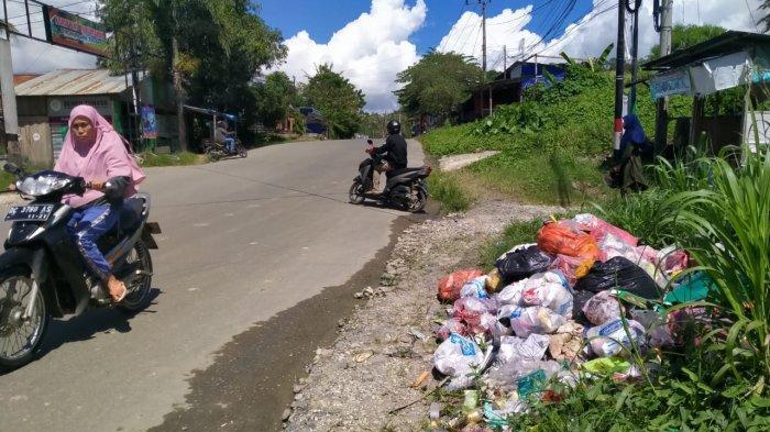 Sampah Plastik di Simboro dan Samping Rumah Jabatan Kapolres Mamuju Mulai Resahkan Warga