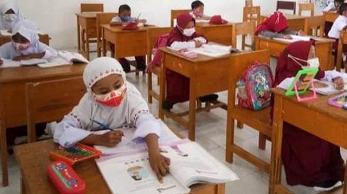 Cegah Klaster PTM Terbatas di Sekolah: Pemerintah Terapkan Strategi Prokes dan Deteksi