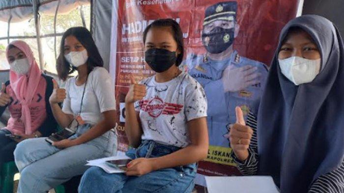 Siswi SMAN 2 Mamuju Antusias Ikut Vaksin: Akhirnya Ada Bayangan untuk Sekolah Tatap Muka