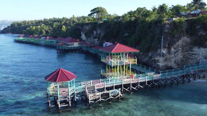 Pesona Pantai Dato Majene, Pantai yang Beralaskan Pasir Putih dan Karang
