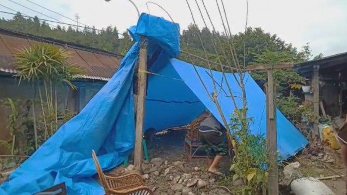 Tenda yang didirikan warga pascagempa di Mamasa