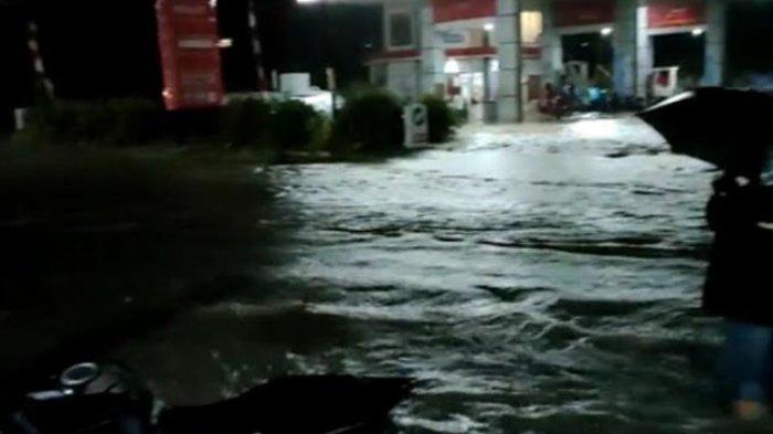 Curah Hujan Tinggi, Majene Kembali Dikepung Banjir