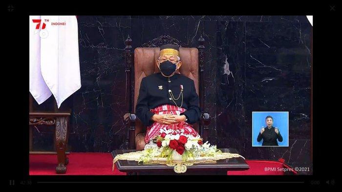 FOTO Wapres Ma'ruf Amin Berbaju Adat Mandar Hadiri Sidang Tahunan MPR