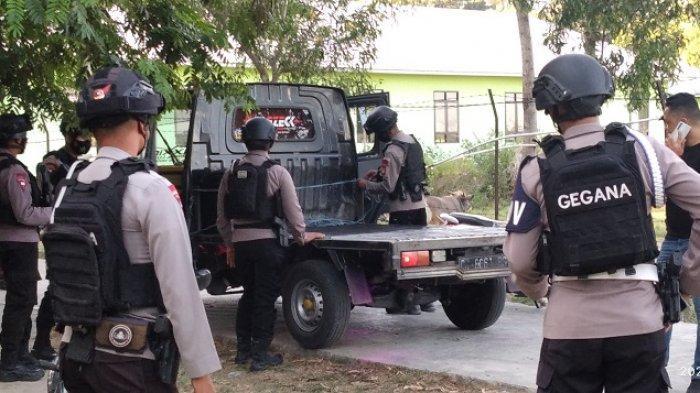 Sebelum Mortir Diledakkan Polisi, Warga Majene Korek & Pukul-pukul Mengira Besi