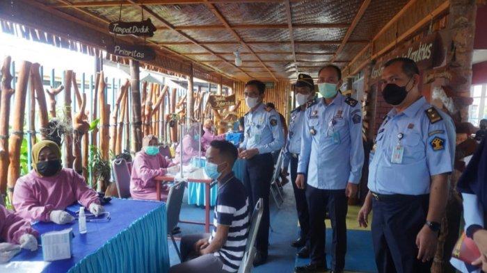 Tangkal Corona, Warga Binaan Lapas Kelas IIB Polman Terima 200 Dosis Vaksin Sinovac Tahap ke-2