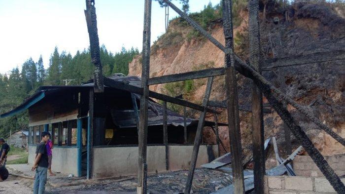 Rumah Daenmangapa dan Gedung PAUD di Mamasa Hangus Terbakar