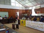AST-Arismunandar-menerima-SEMMI-Sulbar-Kamis-2272021.jpg