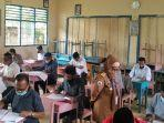 Bakal-Calon-Kepala-Desa-se-Kabupaten-Polman-mengikuti-ujian-tertulis.jpg