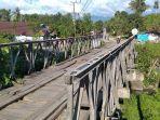 Jembatan-di-lingkungan-Rangas-Timur-Mamuju.jpg