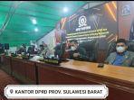 Ketua-DPRD-Sulbar-Suraidah-Suhardi-saat-menghadiri-rapat-paripurna-dalam-rangka-HUT-Mamuju.jpg