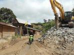 Kondisi-jalan-poros-Mambi-Malabo-Kabupaten-Mamasa.jpg