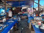 Lapak-penjual-Ikan-di-Pasar-Baru-Mamuju-Kabupaten-Mamuju.jpg