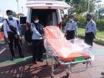 Lapas-Polewali-terima-bantuan-ambulance.jpg
