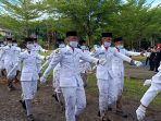Paskibraka-Mamuju-saat-sedang-menjalankan-tugas-di-lapangan-Ahmad-Kirang-Selasa-1782021.jpg