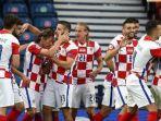 Pemain-Timnas-Kroasia-merayakan-kemenangannya-saat-lolos.jpg