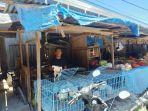 Penjual-ayam-di-Pasar-Sentral-Majene.jpg