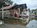 Rumah-rusak-akibat-angin-kencang-di-Dusun-Garuda-Desa-Papalang-Kecamatan-Papalang.jpg