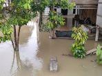 Rumah-warga-di-Matakali-terendam-luapan-air-sungai.jpg