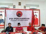 Sekjen-PDI-P-Sulbar-Charles-Wiseman-saat-memimpin-pertemuan-internal-partai.jpg