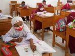 Siswa-Sekolah-Dasar-Negeri-SDN-035-Paku-Kecamatan-Binuang.jpg