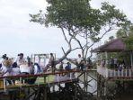 wisata-Mangrove-di-Desa-Salubiro-Kecamatan-Karossa-Kabupaten-Mamuju-Tengah.jpg