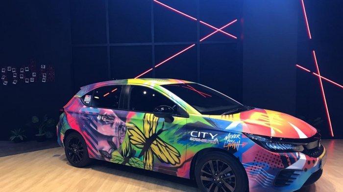 Kolaborasi pemenang kompetisi City Hatch Art di pajang di Dreams Café Powered by Honda.