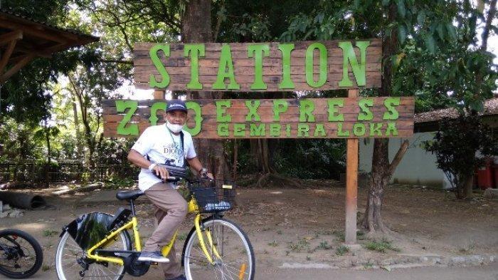Serunya Gowes Sambil Beri Makan Satwa Di Rindangnya Gembira Loka Zoo Jogya