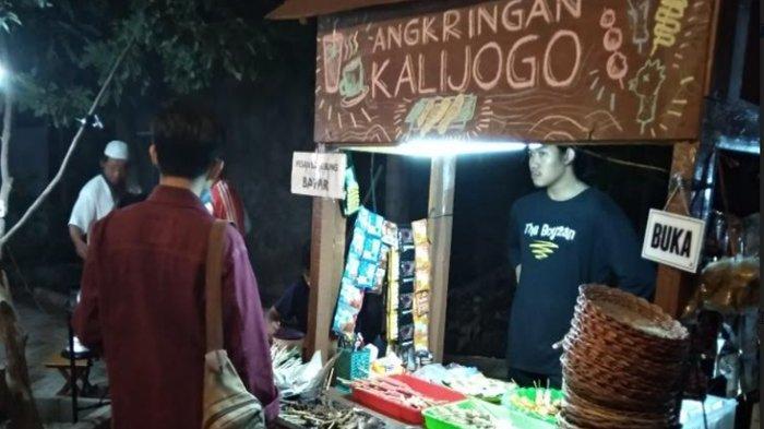 Remaja Masjid di Sukodono Sulap Halaman Masjid Untuk Angkringan Kalijogo, Menunya Murah Meriah