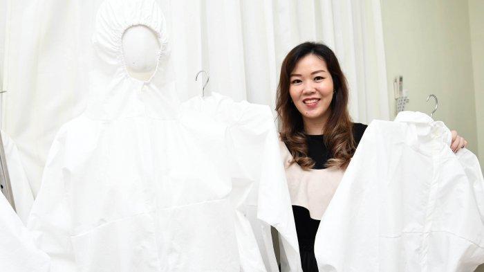 Para Desainer Ini Membuat dan Menyiapkan APD Gratis Untuk Disumbangkan Ke Rumah Sakit