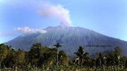 Status Gunung Raung Naik Menjadi Waspada, Sementara Dilarang ada Pendakian