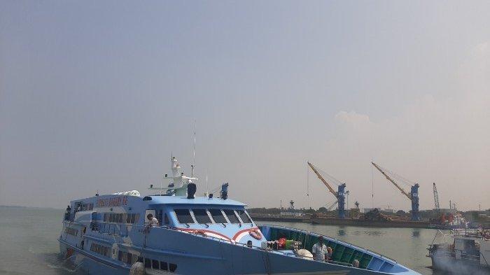 Upaya Pencegahan Virus Corona Jadwal Pelayaran Kapal Cepat Gresik Bawean Akan Dikurangi
