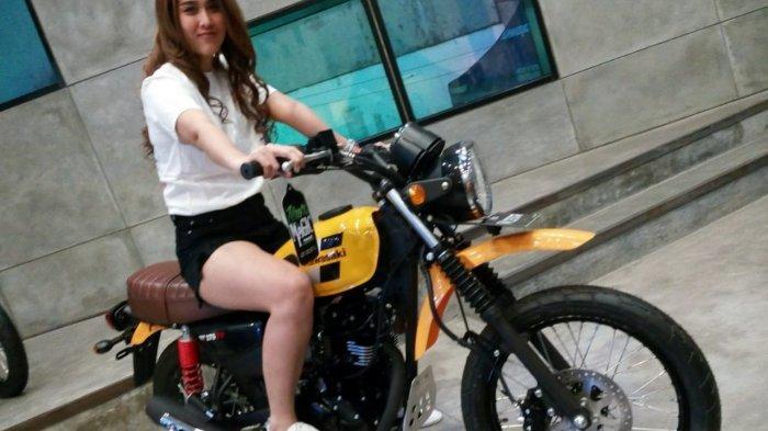 Kawasaki W175TR Sosok Retro Tapi Milenial Siap Menjelajah Kota dan Pedesaan.Termurah di Varian W175
