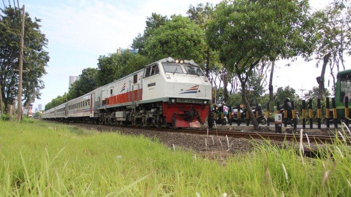 Jadwal Lengkap Keberangkatan Kereta Api Edisi Natal - Tahun Baru Dari Stasiun Malang Kota